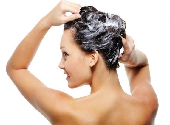 Ogni quanto si possono lavare i capelli? Alcuni consigli utili